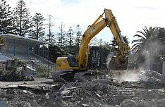 Napier-Marineland, Napier landmark demolished