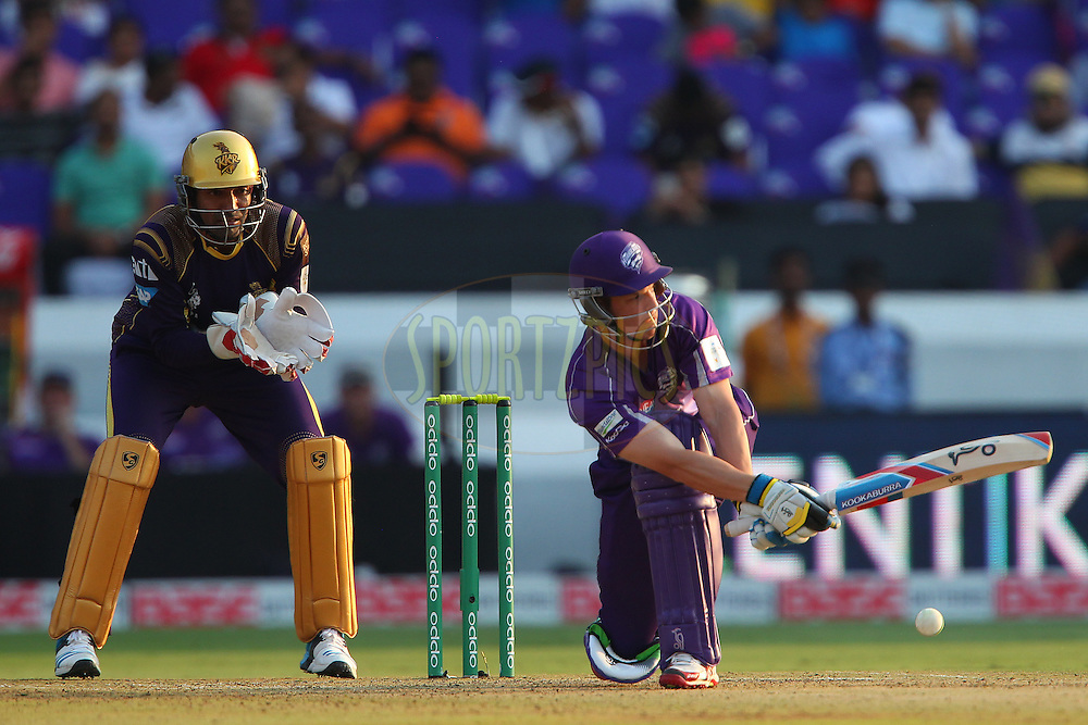 Evan GULBIS of the Hobart Hurricanes sweeps the ball during the first semi final match of the Oppo Champions League Twenty20 between the Kolkata Knight Riders and the Hobart Hurricanes held at the Rajiv Gandhi Cricket Stadium, Hyderabad, India on the 2nd October 2014<br /> <br /> Photo by:  Ron Gaunt / Sportzpics/ CLT20<br /> <br /> <br /> Image use is subject to the terms and conditions as laid out by the BCCI/ CLT20.  The terms and conditions can be downloaded here:<br /> <br /> http://sportzpics.photoshelter.com/gallery/CLT20-Image-Terms-and-Conditions-2014/G0000IfNJn535VPU/C0000QhhKadWcjYs