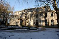 15 JAN 2002, BERLIN/GERMANY:<br /> Gedenk- und Bildungsstaette Haus der Wannsee-Konferenz, Am Grossen Wannsee 56-58, 14109 Berlin<br /> IMAGE: 20020115-01-036