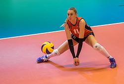 06-04-2017 NED:  CEV U18 Europees Kampioenschap vrouwen dag 5, Arnhem<br /> Nederland verliest met 3-1 van Italie en speelt voor de plaatsen 5-8 / Lisa Nobel #11