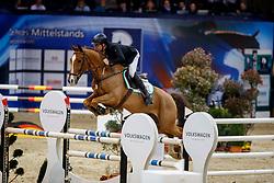 KÖLZ Michael (SAC), Dubai BLH<br /> Braunschweig - Löwenclassics 2018<br /> Deutsche Meisterschaft der Landesverbände<br /> 1. Wertung Mannschaftsspringen<br /> © www.sportfotos-lafrentz.de/Stefan Lafrentz