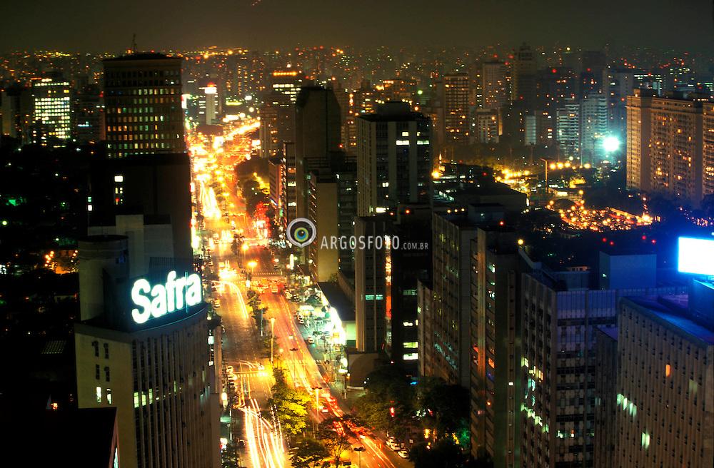 Sao Paulo;Sao Paulo;Brazil. 11/98. .Vista aerea noturna da avenida Faria Lima./ Night Aerial view of Faria Lima Avenue..Foto © Adri Felden/Ag.Argosfoto