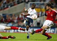 Photo: Richard Lane/Sportsbeat Images.<br />England v Germany. International Friendly. 22/08/2007. <br />England's Shaun Wright-Phillips shoots.