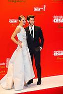 Natasha Andrews et Pierre Niney arrivent au Fouquets pour le repas après les César 2014, Restaurant le Fouquet's