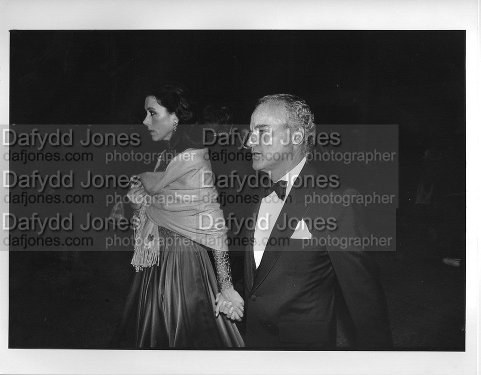 Carolyne Kravis Henry Kravis in New York 1990,ONE TIME USE ONLY - DO NOT ARCHIVE  © Copyright Photograph by Dafydd Jones 66 Stockwell Park Rd. London SW9 0DA Tel 020 7733 0108 www.dafjones.com