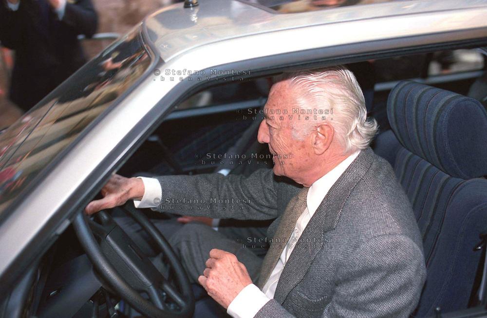 Roma 1983 .Gianni Agnelli  alla guida della sua auto.Gianni Agnelli at the helm of his car.