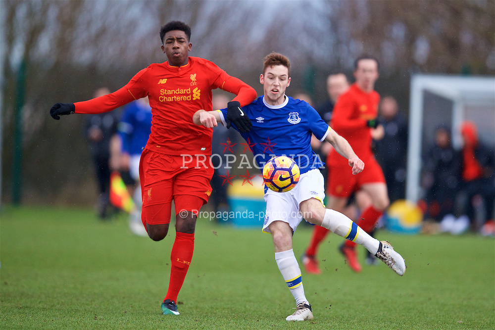 HALEWOOD, ENGLAND - Saturday, January 14, 2017: Everton's Ryan Harrington in action against Liverpool's Okera Simmonds during an Under-18 FA Premier League match at Finch Farm. (Pic by David Rawcliffe/Propaganda)