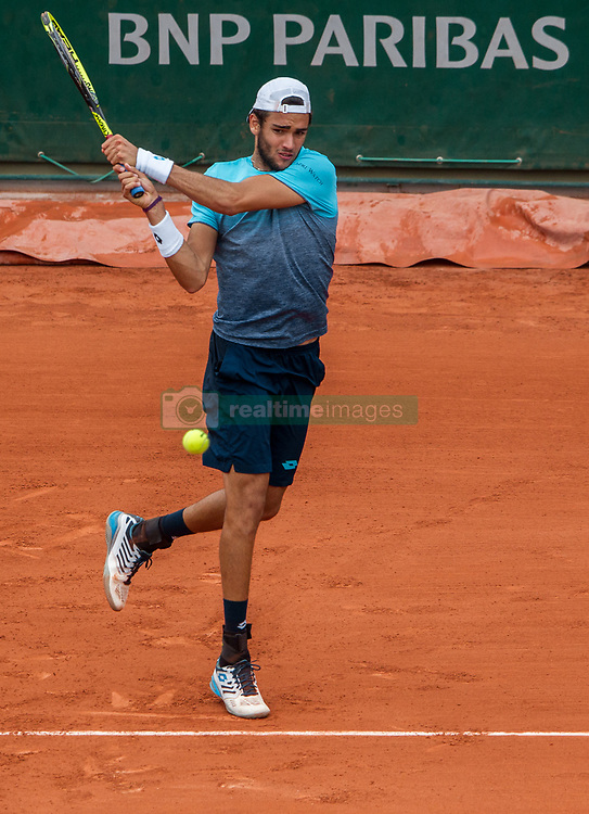 June 1, 2018 - Paris, Ile-de-France, France - Matteo Berrettini of Italy returns the ball to Dominic Thiem of Austria during the third round at Roland Garros Grand Slam Tournament - Day 6 on June 01, 2018 in Paris, France. (Credit Image: © Robert Szaniszlo/NurPhoto via ZUMA Press)