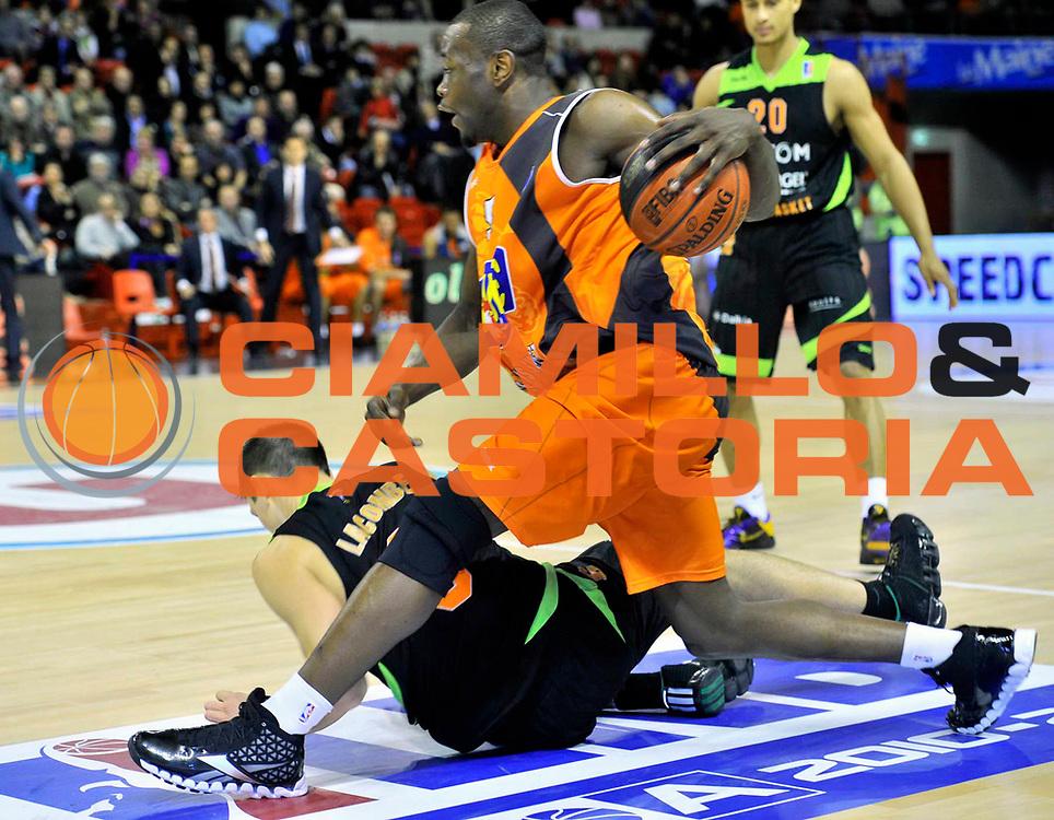 DESCRIZIONE : Championnat de France Basket Ligue Pro A  au Mans<br /> GIOCATORE : LOMBAHE KAHUDI Charles<br /> SQUADRA : Le Mans<br /> EVENTO : Ligue Pro A  2010-2011<br /> GARA : Le Mans Villeurbanne<br /> DATA : 10/12/2010<br /> CATEGORIA : Basketbal France Ligue Pro A<br /> SPORT : Basketball<br /> AUTORE : JF Molliere/Herve Petitbon par Agenzia Ciamillo-Castoria <br /> Galleria : France Basket 2010-2011 Action<br /> Fotonotizia : Championnat de France Basket Ligue Pro A au Mans<br /> Predefinita :