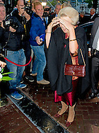 14-9-2015 AMSTERDAM - Prinses Beatrix en prinses Laurentien der Nederlanden is op maandagavond 14 september aanwezig bij de jubileumavond van cabaretier Paul van Vliet in Koninklijk Theater Carr&eacute; in Amsterdam.  Prinses Beatrix bij jubileumavond Paul van Vliet voor UNICEF in Carr&eacute; COPYRIGHT ROBIN UTRECHT <br /> 14-9-2015 AMSTERDAM - Princess Beatrix of the Netherlands on Monday September 14 attended the jubilee evening of cabaret performer Paul van Vliet in Royal Theatre Carr&eacute; in Amsterdam. Princess Beatrix at jubilee evening Paul van Vliet for UNICEF in Carr&eacute; COPYRIGHT ROBIN UTRECHT