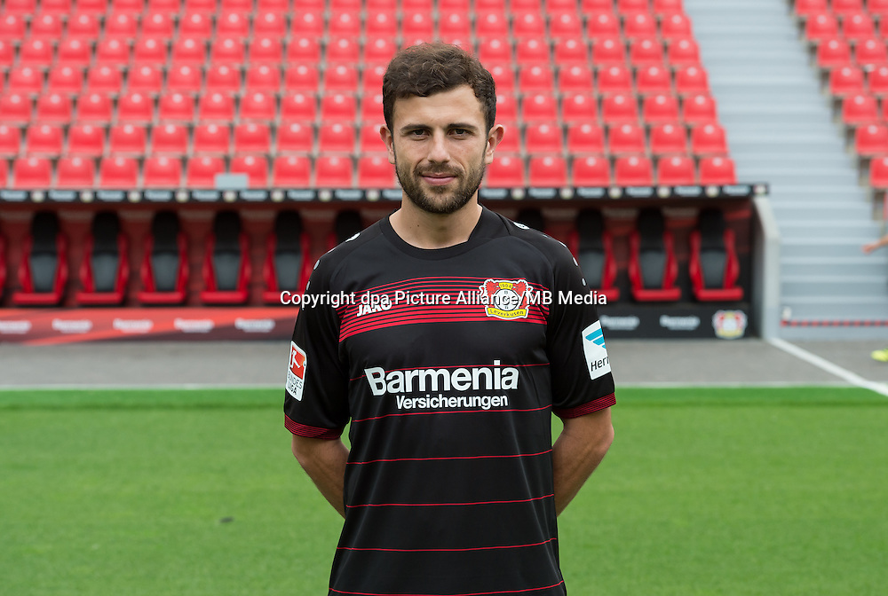 German Bundesliga - Season 2016/17 - Photocall Bayer 04 Leverkusen on 25 July 2016 in Leverkusen, Germany: Admir Mehmedi. Photo: Guido Kirchner/dpa | usage worldwide