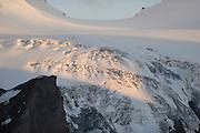The Hufeisenbruch is an icefall at the Pasterze glacier at Großglockner. High Tauern National Park, Austria. | Der Hufeisenbruch ist ein Gletscherbruch bei der Pasterze am Großglockner. Nationalpark Hohe Tauern, Österreich.