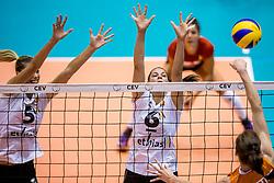 23-08-2017 NED: World Qualifications Belgium - Netherlands, Rotterdam<br /> De Nederlandse volleybalsters hebben op het WK-kwalificatietoernooi ook hun tweede duel in winst omgezet. Oranje overklaste Belgi&euml; en won met 3-0 (25-18, 25-18, 25-22). Eerder werd Griekenland ook al met 3-0 verslagen / Laura Heyrman #5 of Belgium, Charlotte Leys #6 of Belgium