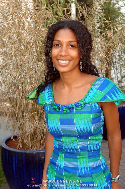NLD/Amsterdam/20070418 - Childright, Art for Dreams kunstveiling 2007, Georgina Kwakye Ameyaw