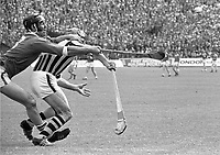 974-10<br /> Kilkenny v Limerick<br /> All-Ireland Hurling Final at Croke Park. 1/9/74<br /> (Part of the Independent Newspapers Ireland/NLI collection.)
