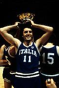 Europei Francia 1983 - Nantes: Dino Meneghin medaglia d'oro