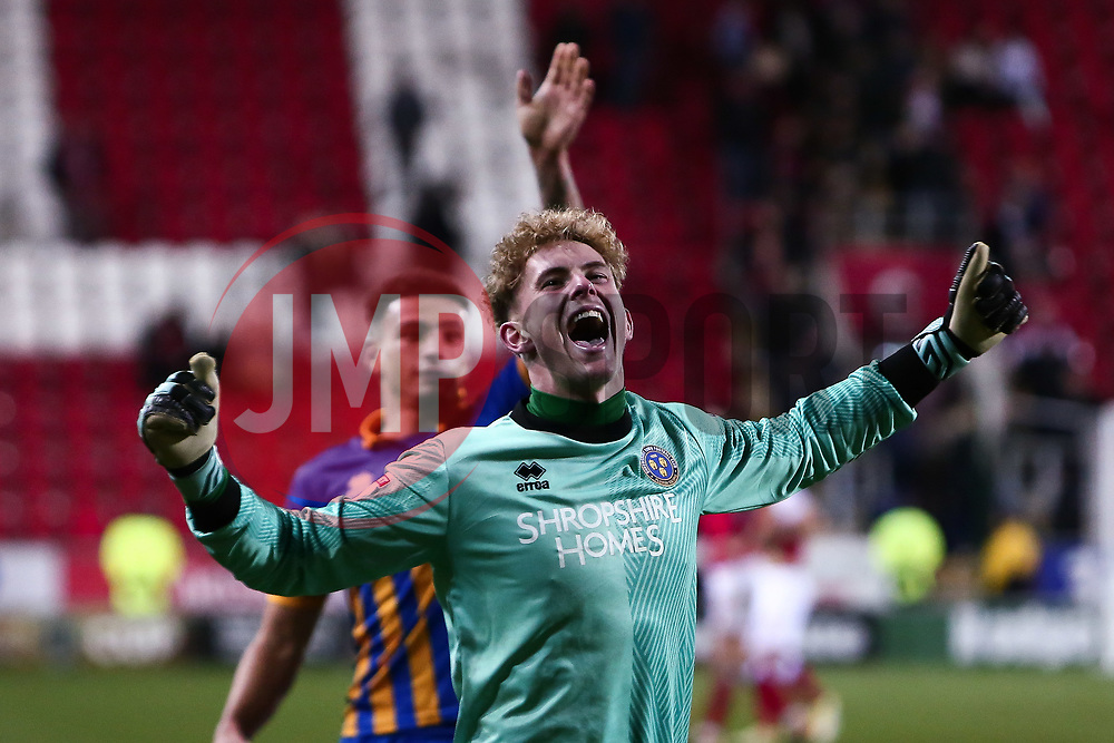 Dean Henderson of Shrewsbury Town celebrates to Shrewsbury Town fans after the final whistle - Mandatory by-line: Ryan Crockett/JMP - 18/11/2017 - FOOTBALL - Aesseal New York Stadium - Rotherham, England - Rotherham United v Shrewsbury Town - Sky Bet League One