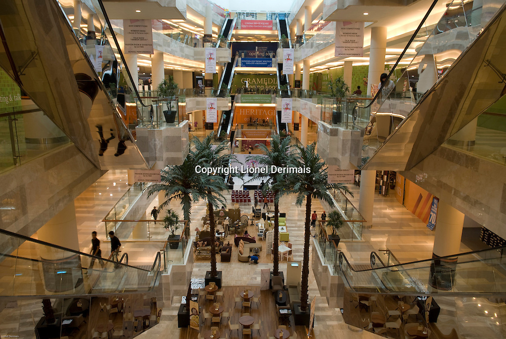 Shopping mall, Jakarta.