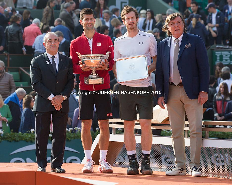 Sieger Novak Djokovic (SRB) daneben FFT Praesident Jean Gassachin und Finalist Andy Murray daneben ex Tennis Pro Adiano Panatta (ITA),<br /> Siegerehrung,Praesentation,Herren Finale, Endspiel,<br /> <br /> Tennis - French Open 2016 - Grand Slam ITF / ATP / WTA -  Roland Garros - Paris -  - France  - 5 June 2016.
