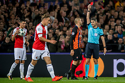 17-10-2017 NED, UEFA CL, Feyenoord - FC Shakhtar Donetsk, Rotterdam<br /> UEFA Champions League Round of 16, 3rd Leg match between Feyenoord vs. Donetsk at the stadion DE Kuip in Rotterdam / Yaroslav Rakytskyy #44 of Shakhtar Donetsk krijgt de tweede gele kaart dus rood