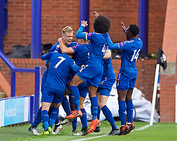 BIRKENHEAD, ENGLAND - Sunday, October 29, 2017: Leicester City's Sam Hughes celebrates scoring an injury time winning goal with team-mates to seal a 2-1 victory during the Under-23 FA Premier League 2 Division 1 match between Liverpool and Leicester City at Prenton Park. (Pic by David Rawcliffe/Propaganda)