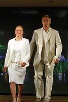 Idrett, 9. juni 2004, presentasjon av OL-kolleksjon foran OL i Athen 2004, Fritz Aanes, bryting, og Siren Sundby, Seiling