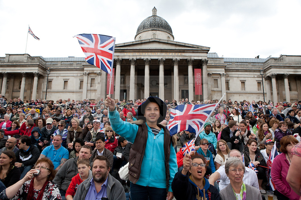 © under license to London News Pictures. 05/06/12. People celebrating at trafalgar square in London at the Diamond Jubilee presented by Boris Johnson.XAVIER ITTER/LNP.