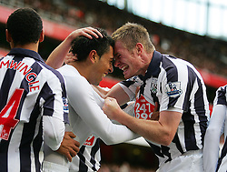 25.09.2010, Emirates Stadium, London, ENG, PL, Arsenal vs west Bromwich Albion, im Bild West Brom's Gonzalo Jara celebrates his goa with his team mates, EXPA Pictures © 2010, PhotoCredit: EXPA/ IPS/ Mark Greenwood *** ATTENTION *** UK AND FRANCE OUT! / SPORTIDA PHOTO AGENCY