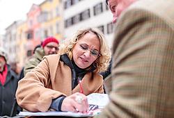 24.02.2018, Goldenes Dachl, Innsbruck, AUT, Landtagswahl in Tirol 2018, SPOe Wahlkampfschlussveranstaltung, im Bild Spitzenkandidatin Elisabeth Blanik (SPOe) // during a campaign event of the SPOe Party for the State election in Tyrol 2018. Goldenes Dachl in Innsbruck, Austria on 2018/02/24. EXPA Pictures © 2018, PhotoCredit: EXPA/ JFK
