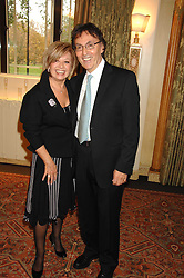 ELAINE PAIGE and DON BLACK at a tribute lunch for Elaine Paige hosted by the Lady Taverners at The Dorchester, Park Lane, London on 13th November 2007.<br /><br />NON EXCLUSIVE - WORLD RIGHTS