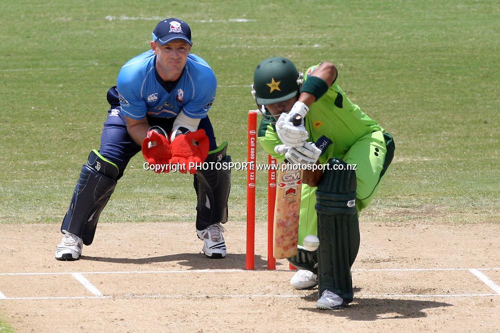 Pakistan Batsman Umar Akmal. Twenty20 Cricket, Auckland Aces v Pakistan, Colin Maiden Park, Auckland. Thursday 23 December 2010. Photo: Ella Brockelsby/photosport.co.nz