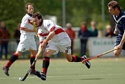 08-05-2005 HOCHEY: PINOKE-AMSTERDAM: AMSTELVEEN<br /> Amsterdam wint met 4-3 van Pinoke. Pinoke speelt door deze uitslag play out wedstrijden. - Timme Hoyng<br /> ©2005-WWW.FOTOHOOGENDOORN.NL
