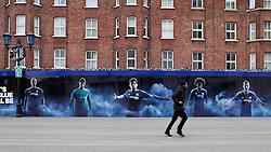 A fan arrives at Stamford Bridge - Mandatory byline: Robbie Stephenson/JMP - 05/12/2015 - Football - Stamford Bridge - London, England - Chelsea v AFC Bournemouth - Barclays Premier League