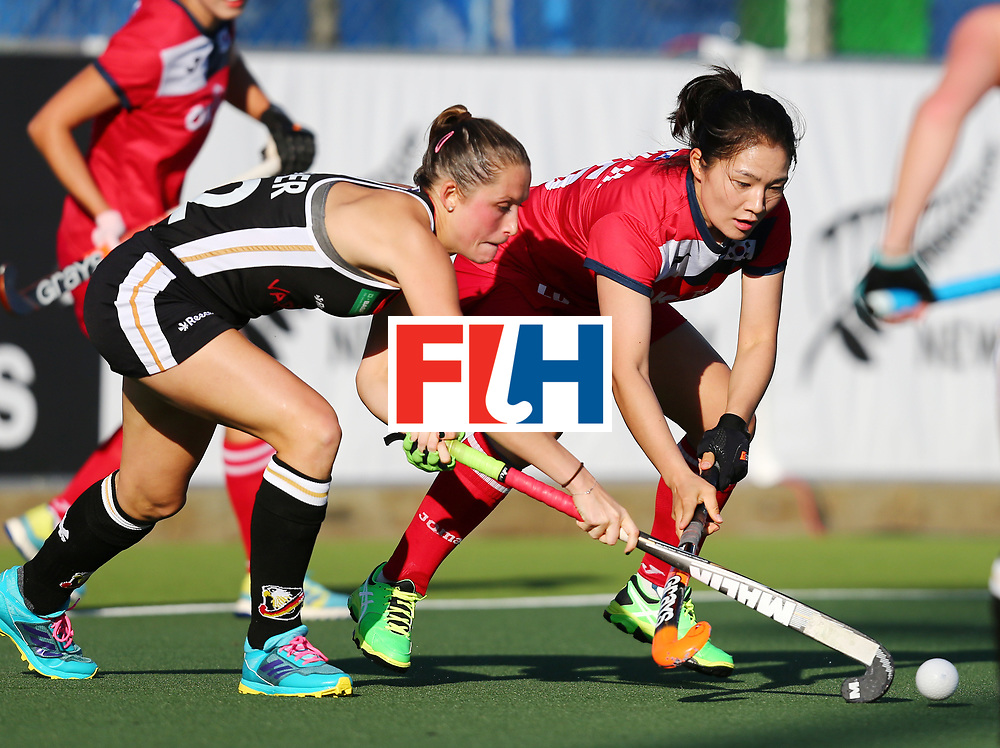 New Zealand, Auckland - 22/11/17  <br /> Sentinel Homes Women&rsquo;s Hockey World League Final<br /> Harbour Hockey Stadium<br /> Copyrigth: Worldsportpics, Rodrigo Jaramillo<br /> Match ID: 10303 - GER vs KOR<br /> Photo: (19) CHO Hyejin against (22) PIEPER Cecile
