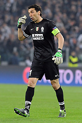 10.04.2013, Juventus Stadium, Turin, ITA, UEFA Champions League, Juventus Turin vs FC Bayern Muenchen, Viertelfinale, Rueckspiel, im Bild Gianluigi BUFFON (Juventus Turin) lautstark an der Seitenlinie, gestikulierend // during the UEFA Champions League best of eight 2nd leg match between Juventus FC and FC Bayern Munich at the Juventus Stadium, Torino, Italy on 2013/04/10. EXPA Pictures © 2013, PhotoCredit: EXPA/ Eibner/ Global..***** ATTENTION - AUSTRIA ONLY *****