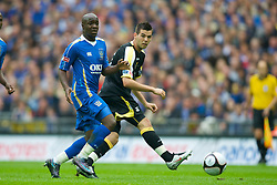 LONDON, ENGLAND - Saturday, May 17, 2008: Cardiff City's Joe Ledley in action against Portsmouth during the FA Cup Final at Wembley Stadium. (Photo by David Rawcliffe/Propaganda)