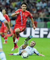 Fotball<br /> 16.06.2012<br /> EM 2012<br /> Russland v Hellas<br /> Foto: Witters/Digitalsport<br /> NORWAY ONLY<br /> <br /> v.l. Yuriy Zhirkov (Juri Schirkow, Russland), Dimitrios Salpingidis (Griechenland)<br /> Fussball EURO 2012, Vorrunde, Gruppe A, Griechenland - Russland