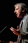 17594Ambassador Dennis Ross, The Washington Institute for Near East Policy: Speaking at Memorial Auditorium:Photos by Sunghyun Jun