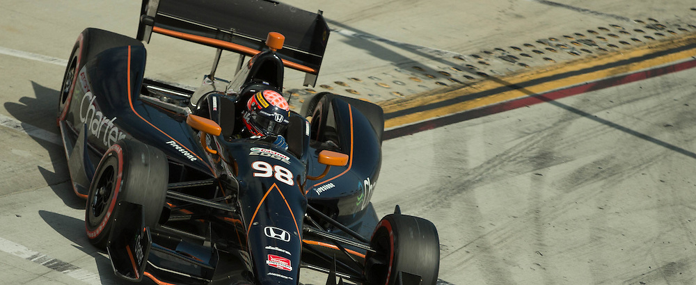 Jack Hawksworth exiting the pit LBGP 2014