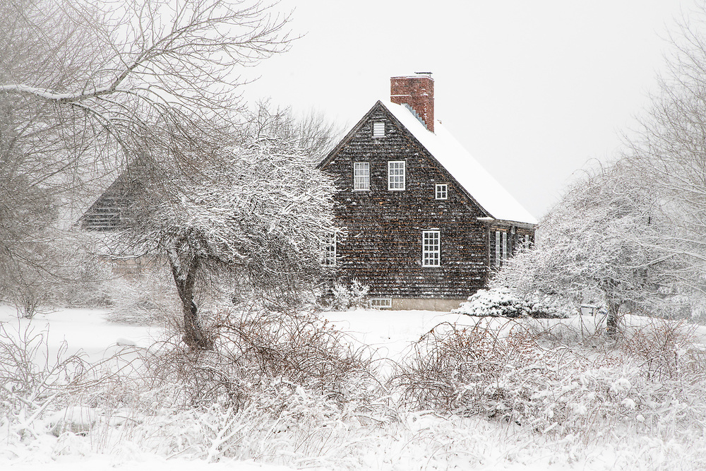 This old house looked rather picturesque while driving home from Mackerel Cove one day.