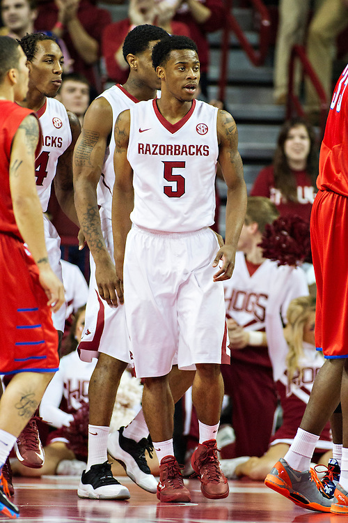 FAYETTEVILLE, AR - NOVEMBER 18:  Anthlon Bell #5 of the Arkansas Razorbacks on the court during a game against the SMU Mustangs at Bud Walton Arena on November 18, 2013 in Fayetteville, Arkansas.  The Razorbacks defeated the Mustangs 89-78.  (Photo by Wesley Hitt/Getty Images) *** Local Caption *** Anthlon Bell