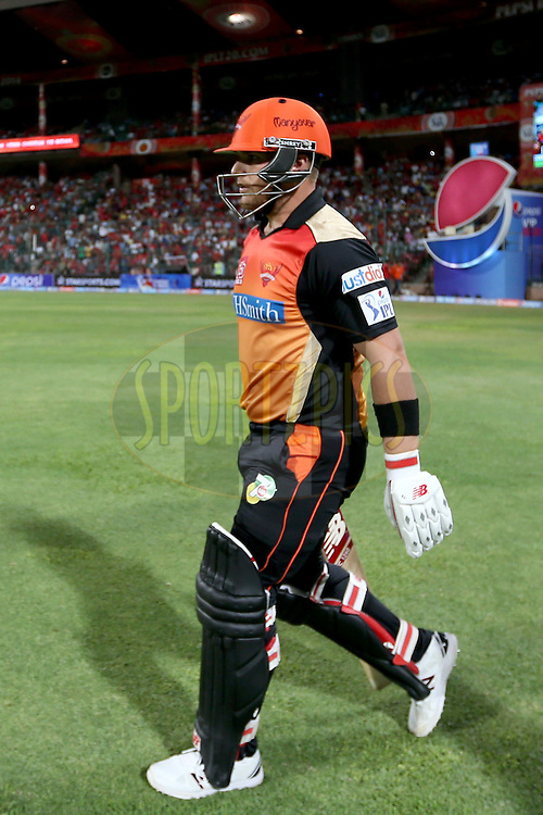 Opening batsman Aaron Finch walking out onto the field during match 24 of the Pepsi Indian Premier League Season 2014 between the Royal Challengers Bangalore and the Sunrisers Hyderabad held at the M. Chinnaswamy Stadium, Bangalore, India on the 4th May 2014. Photo by Jacques Rossouw / IPL / SPORTZPICS<br /> <br /> <br /> <br /> Image use subject to terms and conditions which can be found here:  http://sportzpics.photoshelter.com/gallery/Pepsi-IPL-Image-terms-and-conditions/G00004VW1IVJ.gB0/C0000TScjhBM6ikg
