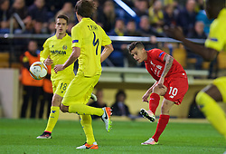 VILLRREAL, SPAIN - Thursday, April 28, 2016: Liverpool's Philippe Coutinho Correia in action against Villarreal CF during the UEFA Europa League Semi-Final 1st Leg match at Estadio El Madrigal. (Pic by David Rawcliffe/Propaganda)