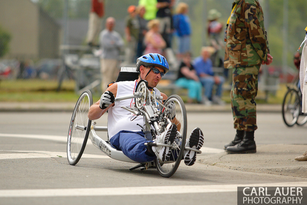 July 4th, 2006:  Anchorage, Alaska - Bill Emery (252) enters turn one in the 5k Handcycle Race at the 26th National Veterans Wheelchair Games.