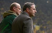 FUSSBALL   1. BUNDESLIGA   SAISON 2011/2012   26. SPIELTAG Borussia Dortmund - SV Werder Bremen               17.03.2012 Trainer Thomas Schaaf und Manager Klaus Allofs (v.l. beide SV Werder Bremen)