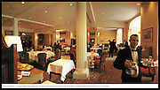 River Room restaurant, Savoy Hotel. London. © Copyright Photograph by Dafydd Jones 66 Stockwell Park Rd. London SW9 0DA Tel 0171 733 0108