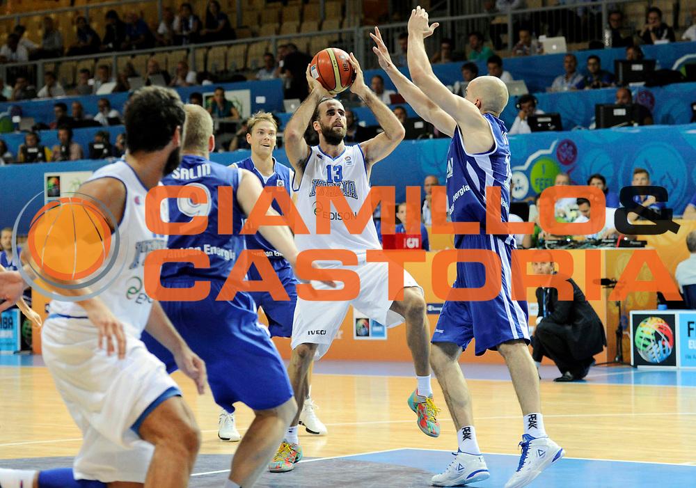DESCRIZIONE : Capodistria Koper Slovenia Eurobasket Men 2013 Preliminary Round Finlandia Italia Finland Italy<br /> GIOCATORE : Luigi Datome<br /> CATEGORIA : penetrazione<br /> SQUADRA : Italia<br /> EVENTO : Eurobasket Men 2013<br /> GARA : Finlandia Italia Finland Italy<br /> DATA : 07/09/2013 <br /> SPORT : Pallacanestro&nbsp;<br /> AUTORE : Agenzia Ciamillo-Castoria/N. Dalla Mura<br /> Galleria : Eurobasket Men 2013 <br /> Fotonotizia : Capodistria Koper Slovenia Eurobasket Men 2013 Preliminary Round Finlandia Italia Finland Italy
