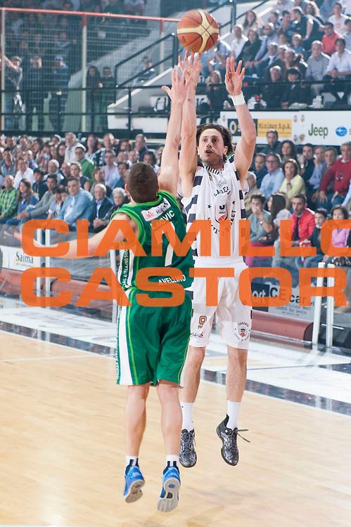DESCRIZIONE : Caserta Lega A 2012-13 Juve Caserta Sidigas Avellino<br /> GIOCATORE : Marco Mordente<br /> SQUADRA : Juve Caserta<br /> EVENTO : Campionato Lega A 2012-2013<br /> GARA : Juve Caserta Sidigas Avellino<br /> DATA : 21/04/2013<br /> CATEGORIA : Tiro<br /> SPORT : Pallacanestro<br /> AUTORE : Agenzia Ciamillo-Castoria/G.Buco<br /> Galleria : Lega Basket A 2012-2013<br /> Fotonotizia : Caserta Lega A 2012-13 Juve Caserta Sidigas Avellino<br /> Predefinita :