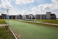 Almere, sportveldjes aan de Odysseestaat.