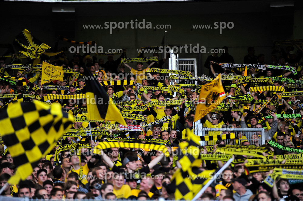 29.08.2010, Mercedes-Benz Arena, Stuttgart, GER, 1. FBL, VfB Stuttgart vs Borussia Dortmund, im Bild mitgereiste Dormunder Fans, EXPA Pictures © 2010, PhotoCredit: EXPA/ nph/  Roth+++++ ATTENTION - OUT OF GER +++++ / SPORTIDA PHOTO AGENCY
